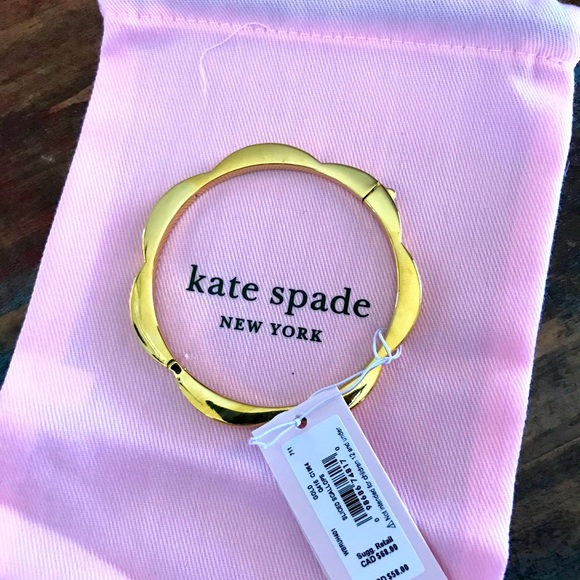 Kate Spade ♠️ Gold Hinge Bangle